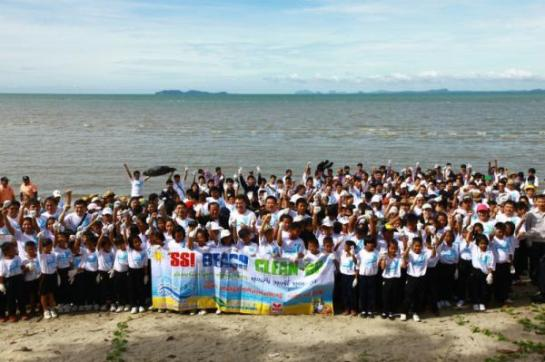 The 6th SSI Beach Clean-Up for World Environment Day 2014