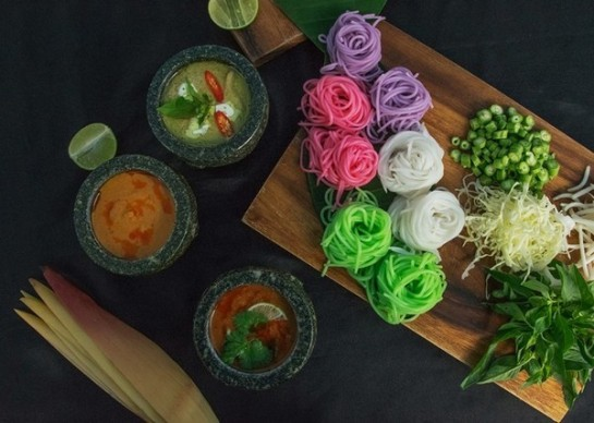 Creatively Colourful Thai Rice Noodles at Hotel Baraquda Pattaya MGallery By Sofitel